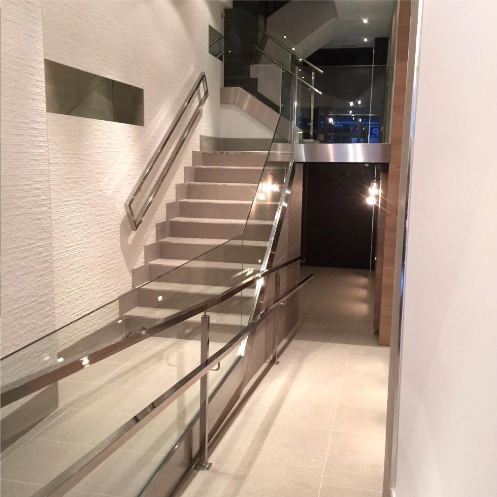 Barandillas y escaleras de cristal vitoria - Barandillas de cristal ...